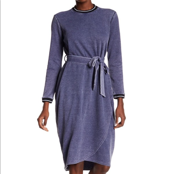 Go Couture Dresses & Skirts - Go Couture Modest Athletic Burn-out Wrap Dress